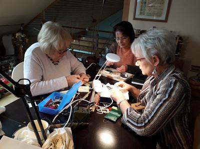 Perlen – Ketten - aus Alt mach Neu oder ganz Neu