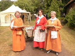 der Geschichte auf der Spur, die alten Sachsen  hier dargestellt von Landfrauen©LFV Stolzenau