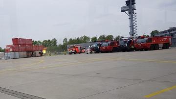 Die Flughafenfeuerwehr muss regelmäßig üben©LFV Stolzenau