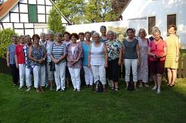 Gruppenfoto im Sinnepark Hille, LFV Wietzen